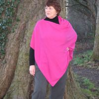 So, So Soft Simply Devine Cashmere 'Cashemire' Poncho (Pink)